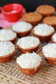 Light Carrot Cake Cupcakes