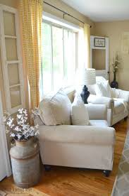 Living Room Corner Decoration Ideas by Living Room Farm House Couch With Farmhouse Rug Ideas Also