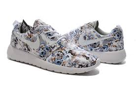 Nike Roshe Run Print Men Color Gray