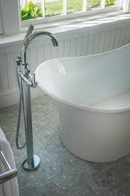 Delta Windemere Bathroom Faucet by Bathroom Soaking Tub With Floor Mount Delta Garden Tub Faucet And