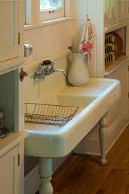 Americast Farmhouse Kitchen Sink by Best 25 Porcelain Kitchen Sink Ideas On Pinterest Cleaning