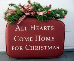 Exclusive for J Mills Vintage Christmas Suitcase All Hearts e Home for Christmas