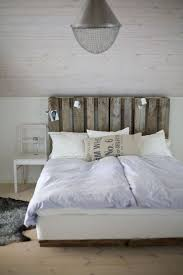 tete de lit a faire soi mme tete de lit en palette a faire soi meme de design unique