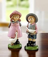 2er deko figuren landhaus mädchen junge mit gans wohnzimmer dekoration