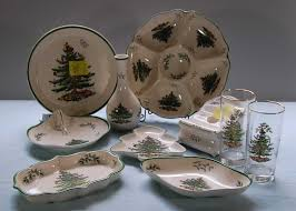 Spode Christmas Tree Platter by Auction Catalog 400 500