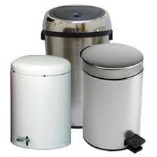 Bathroom Wastebasket With Lid by Trash Cans Free Standing U0026 Built In Under Cabinet U0026 Pull Out
