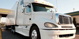 Avoid 18-Wheeler Accidents | Truck Accident Lawyer - Houston, Tx