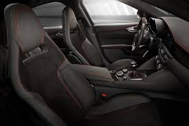 2017 Alfa Romeo Giulia Quadrifoglio news reviews msrp ratings