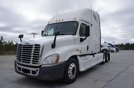 100 American Truck Showrooms 2011 Freightliner Cascadia