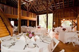 Tracey Eller Image Barn Weddings At Full Moon Resort