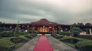 The Venue Anjungan Jawa Tengah TMII Jakarta Wedding Weddingvenue Whitewedding
