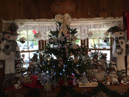 Christmas Tree Shop Warwick Rhode Island by Henry U0027s Christmas Tree Farm Seasonal Store Hope Rhode Island