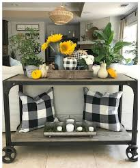 lovely buffalo check in black and white with yellow accents
