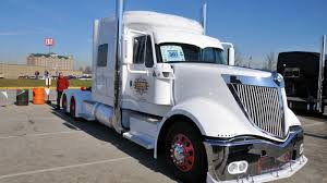 International Lonestar Truck 1600 X 900 HDTV Wallpaper