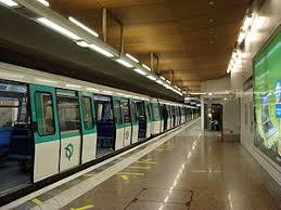 metro denis porte de denis université