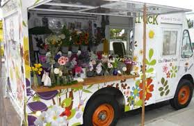 The Flower Truck Gives Colorful Gifts For Guests