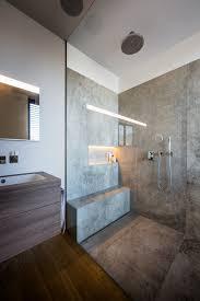 offene bodenebene dusche mit glaswand modern badezimmer