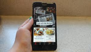 In the Kitchen Helps You Cook With Voice mands