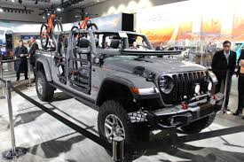 100 Truck Jeep Mopar Rolling Out Accessories For 2020 Gladiator Pickup