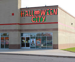 Halloween City Peoria Il Hours by Halloween City Photo Of Smaller Store Configuration Photo Of