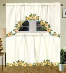 Grape Themed Kitchen Curtains by Best 25 Sunflower Themed Kitchen Ideas On Pinterest Sunflower
