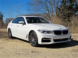 Video 2017 BMW 530i Reaches Top Speed in Sixth Gear