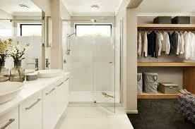 ensuite walk in robe great layout master bedroom