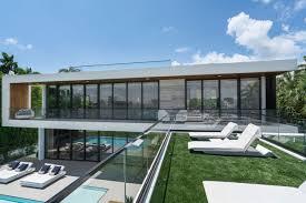 100 Miami Modern Tropical Beach Abode Hits Market For 235M