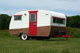 Traveling In Teardrop Trailers And Mini Camperscomfy Fun