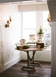 Rustic Winter Cake Table