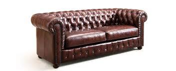 comment nettoyer un canapé en cuir marron comment entretenir mon canapé en cuir