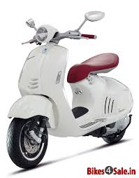 Vespa 946 Price Specs Mileage Colours Photos And Reviews