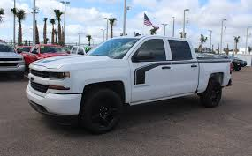 New 2018 Chevrolet Silverado 1500 Custom 2WD Crew Cab 143.5 Custom ... Chevys 2019 Silverado Gets New 3l Duramax Diesel Larger Wheelbase 2018 New Chevrolet 1500 4wd Reg Cab 1190 Work Truck At 2 Door Pickup In Courtice On U420 2wd Trailering Camera System Available For Lt Trailboss Unveiled Ahead Of Detroit Pressroom Canada Images Trucks Cars Suv Vehicles Sale Fox Custom Crew 1435 2015 4x4 62l V8 8speed Test Reviews