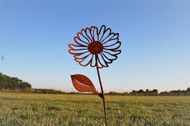 Rusty Metal Daisy Flower Stake Rustic Set Of Flowers Outdoor Gift For Her Garden Idea