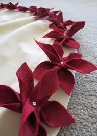 Hobby Lobby Xmas Tree Skirts by Poinsettia Christmas Tree Skirt Favorite Websites Pinterest