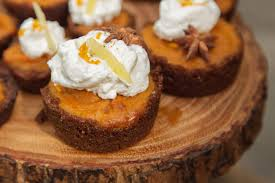 Pumpkin Pie With Gingersnap Crust by Mini Pumpkin Pies With Gingersnap Crusts