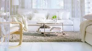 comment nettoyer un canapé en nubuck comment entretenir un canapé blanc la maison du convertible