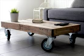 Best Coffee Table With Wheels Diy Reclaimed Pallet Coffee Table