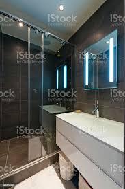 design des modernen luxus badezimmer interieur stockfoto und mehr bilder architektur