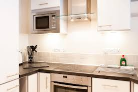 100 Kitchen Tile Kitchen Grease Net Household by Bliss Paramount Apartments Swindon Uk Booking Com