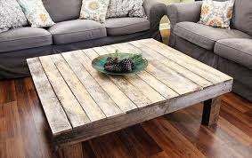 Diy Pallet Coffee Table 1