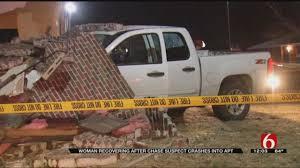 100 Arrow Trucking Tulsa Ok High Speed Chase Ends When Stolen Truck Crashes Into Apart