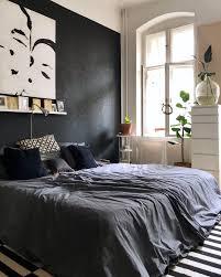 berlin schwarzewand altbau schlafzimmer bett