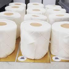 klopapier kuchen wird zum verkaufsschlager
