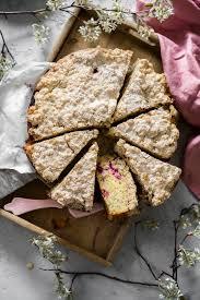himbeer kuchen mit baiser und streuseln