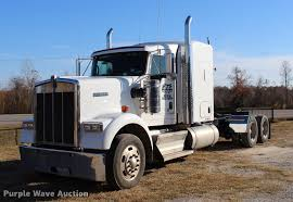 2013 Kenworth W900 Semi Truck | Item BE9392 | SOLD! December... 1983 Kenworth K10 Semi Truck Item Dq9447 Sold September Truck Bank Repos For Sale Special Lender Financi Flickr 2000 Freightliner Fld Db0028 Decem 1972 Mack R Sale Sold At Auction July 16 2015 1986 Volvo White J6216 August 18 T Ok And Trailer Sales Alinum Semi Trailers For Livestock Cfigurations Awesome Trucks In Okc 7th And Pattison Refuse Trash Street Sewer Environmental Equipment 1999 T800 K8818 June 30 C Med Heavy Trucks For Sale 2009 Fld120 Sd Db4076