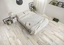 carrelage dans une chambre carrelage et faience pour votre chambre avec carrélia