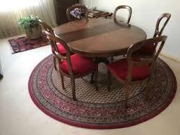 tisch stuhl gruppe gobelin