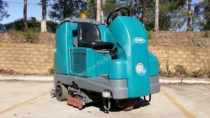 used 2016 tennant t16 ride on floor scrubber in australia nsw
