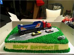 100 Garbage Truck Cakes Semi Birthday Party Awesome Semi Cake Pinterest